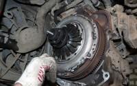 Замена сцепления на Opel Astra 200х125